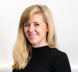 Dr. Zoe Coombes